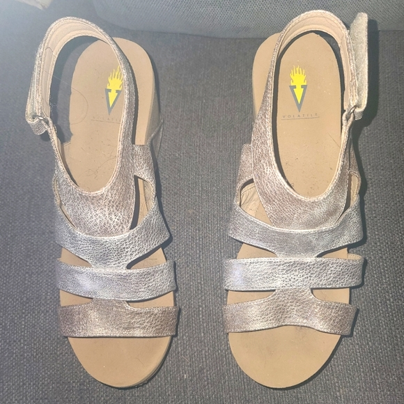 Volatile sandals Size 9